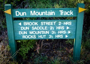 dun mountain track sign-1000650